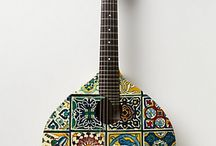 Stunning Guitars / by Hélder Pestana
