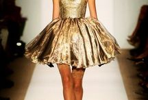Pretty little dress / by Krishina Ratna