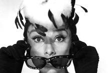Audrey Hepburn / https://www.facebook.com/AudreyHepburnAddicted