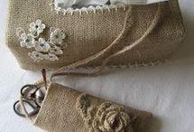 labores con arpillera o tela de saco / by Con Agujas