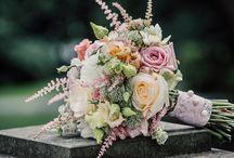 Brautsträuße von Anna Tews / Eine kleine feine Auswahl an Brautsträußen, die wir bereits für unsere lieben Bräute angefertigt haben. Wir wünschen euch viel Spaß und Inspiration.