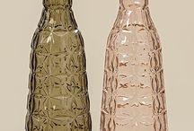 Highlight: Hello Beautiful / Pure Eleganz! Goldene Farbakzente neben leichten Grün-, Rosa- und Grautönen bilden einen modernen und spannenden Wohnstil. Die klaren Strukturen und der Verzicht auf wilde Muster lassen diesen Stil zeitlos wirken.