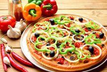 Veggie Delight Pizza / Enjoy mini Italy here at Red Salt Multi-Cuisine Restaurant with this Veggie Delight Pizza
