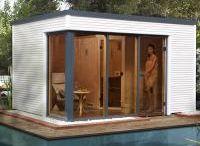 Saunahäuser / Sie haben im Haus keinen Platz für eine Sauna? Dann gönnen Sie sich doch einfach eine eigene Wellness-Oase in Ihrem Garten. Vor allem im Winter bereitet das Saunieren im Saunahaus mitten in der Natur besonderes Vergnügen. Genießen Sie Ihr Saunavergnügen wie in Finnland, das Mutterland der Saunas. Sie erleben Saunaspaß im geschützten Saunahaus und sind doch im Freien.
