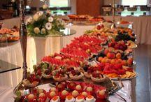 Catering und Partyservice für Hochzeit / Sind Sie auf der Suche nach Catering und Partyservice für Ihre Hochzeit? Dann sind Sie hier genau richtig!  Auf Moderne Hochzeit finden Sie Anbieter bundesweit für deutsche Hochzeiten im Bereich Catering und Partyservice.