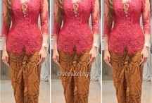 Model pakaian wanita