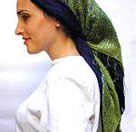 Head scarves, wraps and veils / Like tichels, historical veils, hijab, fashion scarfs, bandanas etc.