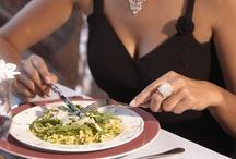Gourmet / Am Abend wird Ihnen ein Dreigänge-Menü mit Köstlichkeiten aus gutbürgerlicher Küche, eine Mischung aus Südtirol und mediterraner Küche serviert.
