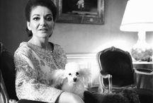 Maria Callas  (1923-1977) / De son vrai nom Maria Anna Sophia Cecelia Kalogeropoulou Un mariage et un divorce : Giovanni Battista Meneghini (de 1949 à 1959) Une liaison durable avec Aristote Onassis