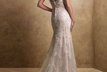 NEW GOWNS AT THE BOUTIQUE / Classic Maggie Sottero