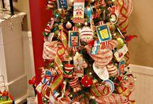 Christmas Decor / by Shelly Hood