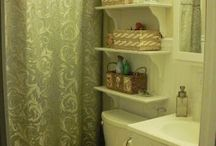 Tiny Bathroom / by Amanda Mauck
