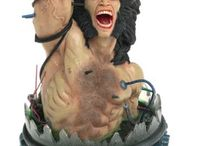 Action & Toy Figures - Statues, Maquettes & Busts