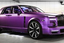 Luxusní automobily