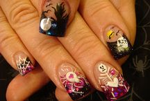 Halloween Nails / by Tierra Washington