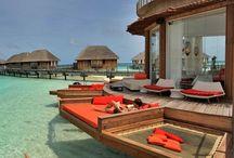 Travel & ideal holidays