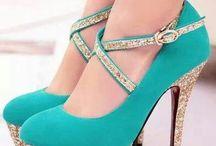 Zelené boty na podpatku