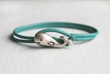 DIY jewelry inspiration / by Valentina Bianco