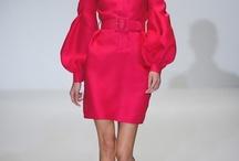 Madame Glamour / Ces femmes adorent les belles pièces qu'elles porteront toujours dans le but de séduire...