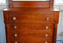 Antique Chests of Drawers / Practical and pleasing storage options