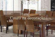 Iaza Blog / Móveis de madeira com estilo rústico deixam a sala de jantar com personalidade, requinte e muito bom gosto.