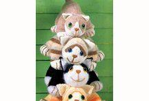 Tøj katte / Hæklede og strikkede