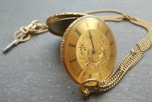 Jaccard Bandelier / The watch appears to be about 1830-1840, with this typical kind of flat, small size and elegant pocket watches,(very hi grade watches) that was allowed by the cylinder escapement. Établisseur: Henri Jaccard Bandelier
