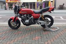 Classic muscle bikes