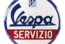 Vespa Merchandise / Because all Vespa riders love some original gadgets ;)