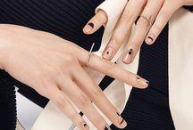 Ногти с отделкой