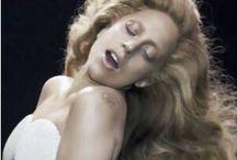 Lady Gaga Aplausse Venus