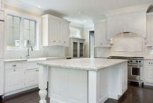 Kitchen Island Design Ideas / Stunning kitchen island design ideas.  PRASADA Kitchens & Fine Cabinetry