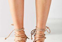Sandal's