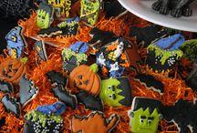 Cookie Inspiration ~ Halloween / by Jolene Hausman