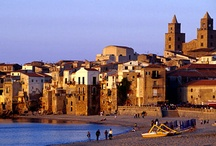 Cefalù, Sicily / And these pins also in the Cefalù page on my CMTravelAnd blog? #CMSicilyTravelAnd #CMItTravelAnd #CMEuTravelAnd #CMTravelAnd