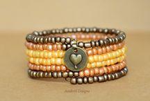 Bracelets, Bangles and more Etsy Group Board / All kinds of bracelets.