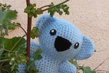 Crochet Patterns / by Emily Pinero