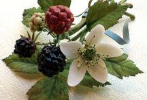 Цветы из холодного фарфора / by Светлана Пейко