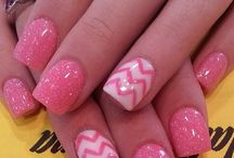 NAILS FOR GALS