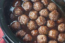 Slow coocker sweet meatballs