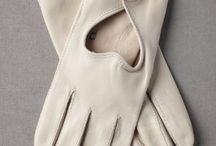 ACCESSORIES: gloves