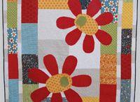 Children's Big Splash of Applique Quilts / child quilt with a large applique motif