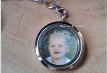 Fotosieraden / Personaliseer je sieraden en accessoires met eigen foto of tekst