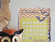 CALENDARS AND FREE PRINTABLES / by Elisa Valitutti