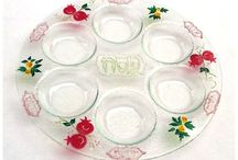 "Etsy Treasury / A collection of ""Beyond Gorgeous Seder Plates"""
