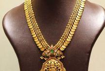 Jewellery / Gold and diamond jewellery