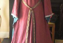 medeltida klädnad
