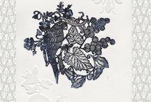 107 RIVOLI / Exposition de Michaël Cailloux au 107, Rivoli - Boutique des arts décoratifs de Paris : Bijoux muraux - Estampes - Foulards