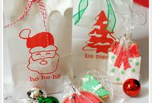 Super Simple Christmas / Christmas activities dedicated to making the holidays simple and stress-free.
