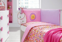 Ropa de cuna / Dentro de nuestra sección de bebé, puede encontrar una amplia variedad de modelos donde poder escoger el diseño ideal para la habitación de su bebé, desde los clásicos hasta los más atrevidos.